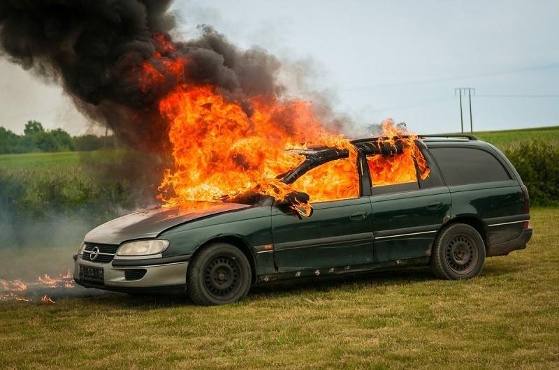 Как вести себя при пожаре в транспорте