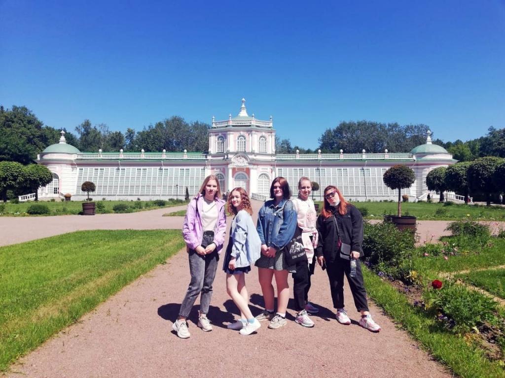 Учебная практика для студентов «Столицы» прошла в парке-усадьбе «Коломенское»